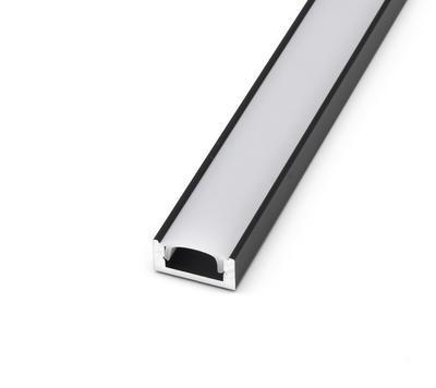 ALU přisazený černý 17,4x8 délka 2m krytka mat - 1