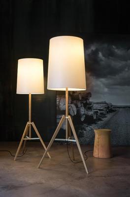 TRIPOD - stojací lampa - 3