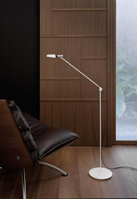 TEMA - stojací lampa - 4